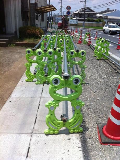 cute-japanese-road-construction-signs-2
