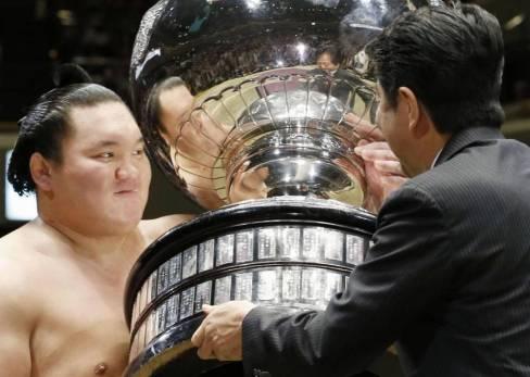 sp-sumo-a-20160523-870x620