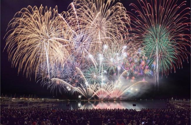 momoiro fireworks